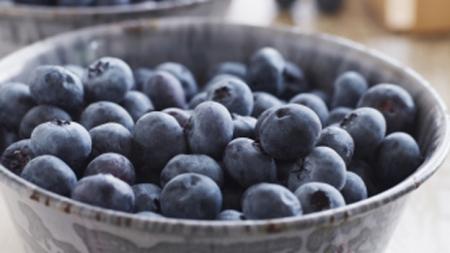 blueberries fresh